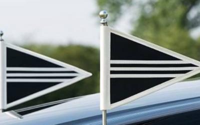 Rouwstoet, van regels tot vlag